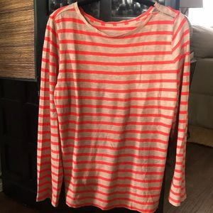 Super cute orange striped long sleeved LOFT top!😘